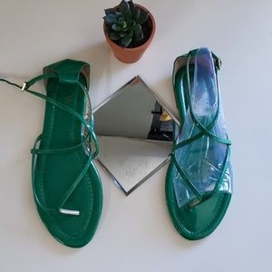 Worthington green patent leather strappy sandals 8